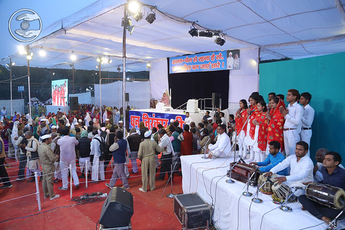 Group song by Punam Ji and Sathi, Gorakhpur, UP