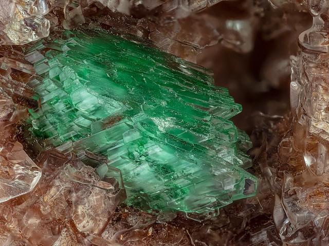 38cb_malachit-dolomit_gyps_153B_Konica_4LED+ringlicht