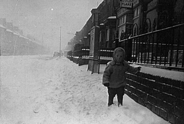 Oxford Street, Grimsby, Winter 1939/40