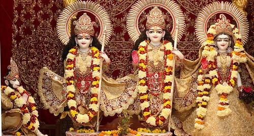 ISKCON Kanpur Deity Darshan 24 Dec 2019
