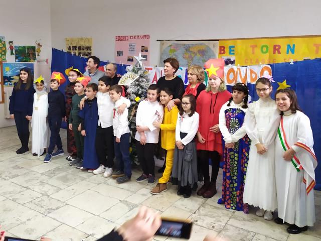 natale giramondo classe V C scuola primaria Mazzini