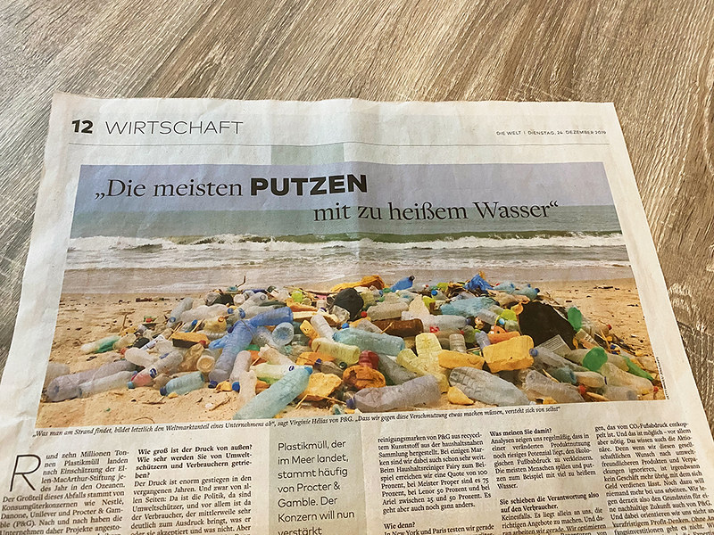 "Die Welt - Business section - main page - "" Plastic garbage often produced by Procter & Gamble - P & G"""