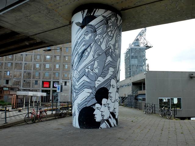 Rotterdam - Metro Rijnhaven-Maashaven - Bier en Brood