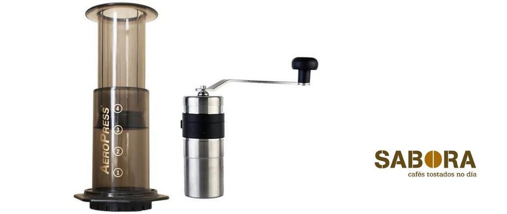 Aeropress y molino de muelas para café