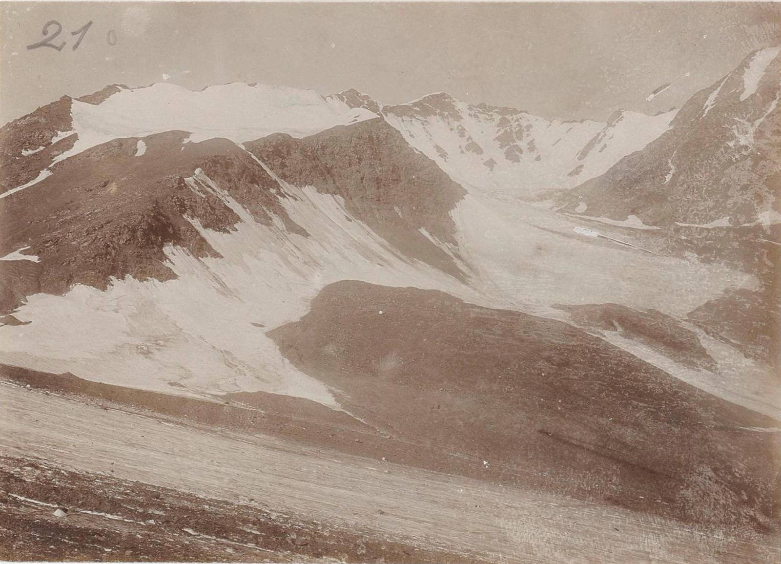 10. Восточный Кавказ. Ледник перевала Катчу (3)