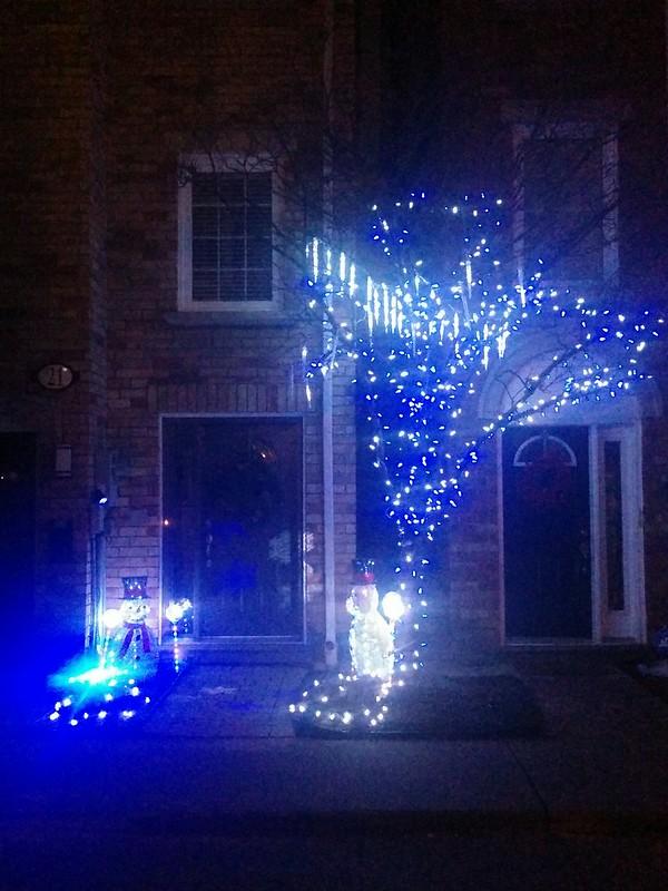 As if falling snow #toronto #dovercourtvillage #craftsmanlane #night #christmas #christmaslights #blue #white #latergram