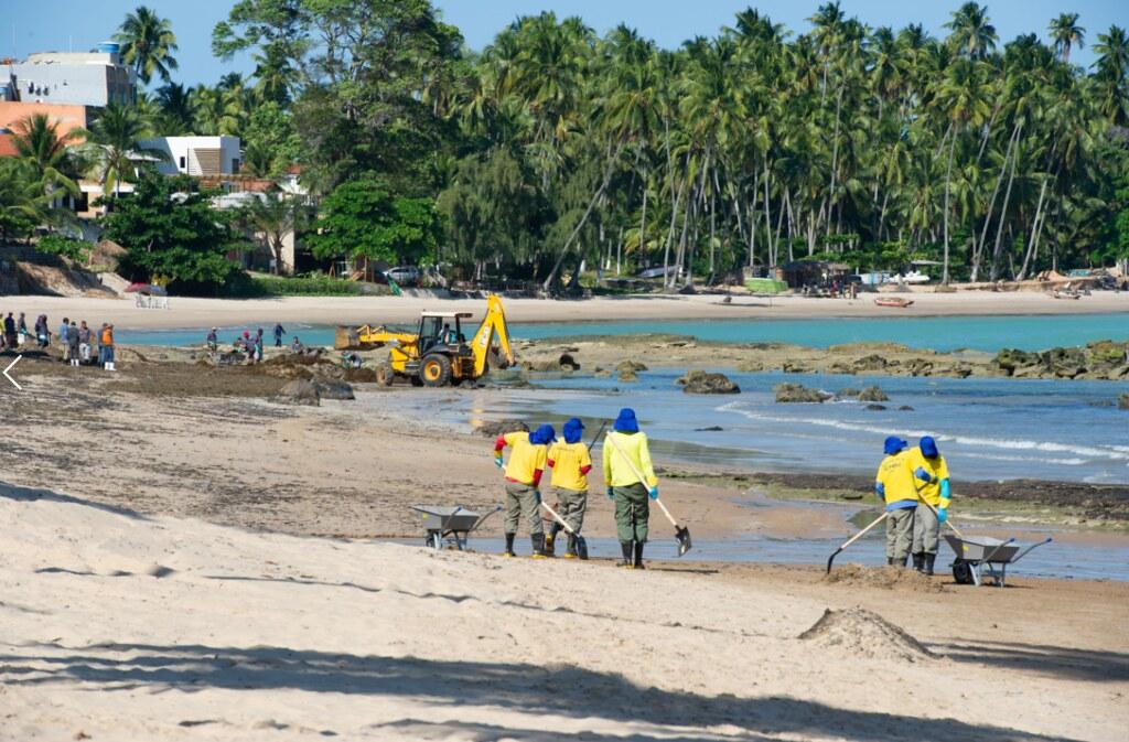 201911巴西海岸油污仍未解決
