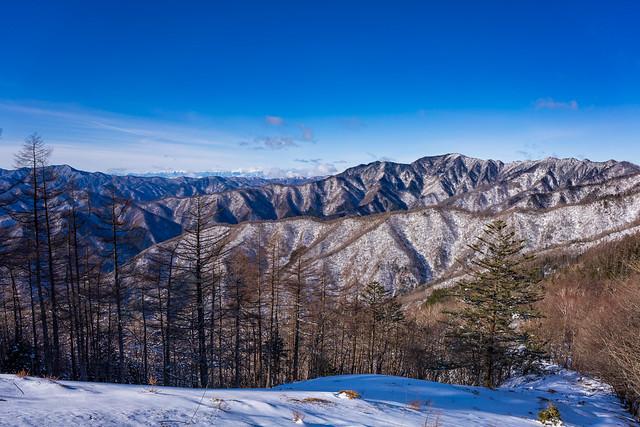 大菩薩嶺・南アルプス・飛龍山@七ツ石山を下る途中