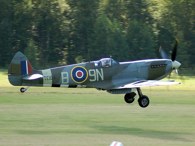G-MXVI/TE184 Supermarine Spitfire XVIe