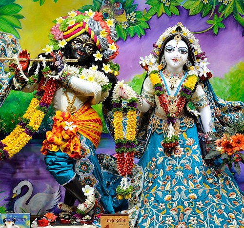 ISKCON Nasik Deity Darshan 25 Dec 2019