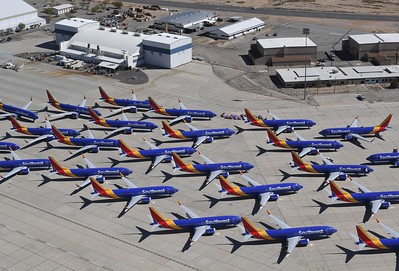 Grounded 737s
