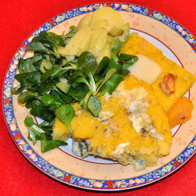 Weihnachten 2019 ... Polenta Gorgonzola mit Feld- und Kartoffelsalat ... Brigitte Stolle