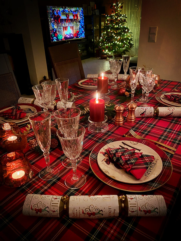 З Різдвом! Marry Christmas! Frohe Weihnachten! 🎄🎁❄️☃️😊