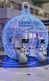 Joyeuses Fêtes - Seasons Greatings