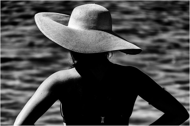 2018 summer hats collection on the beach 01