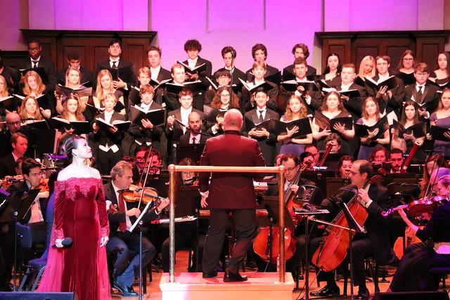 2019 LOHS Choir at DSO