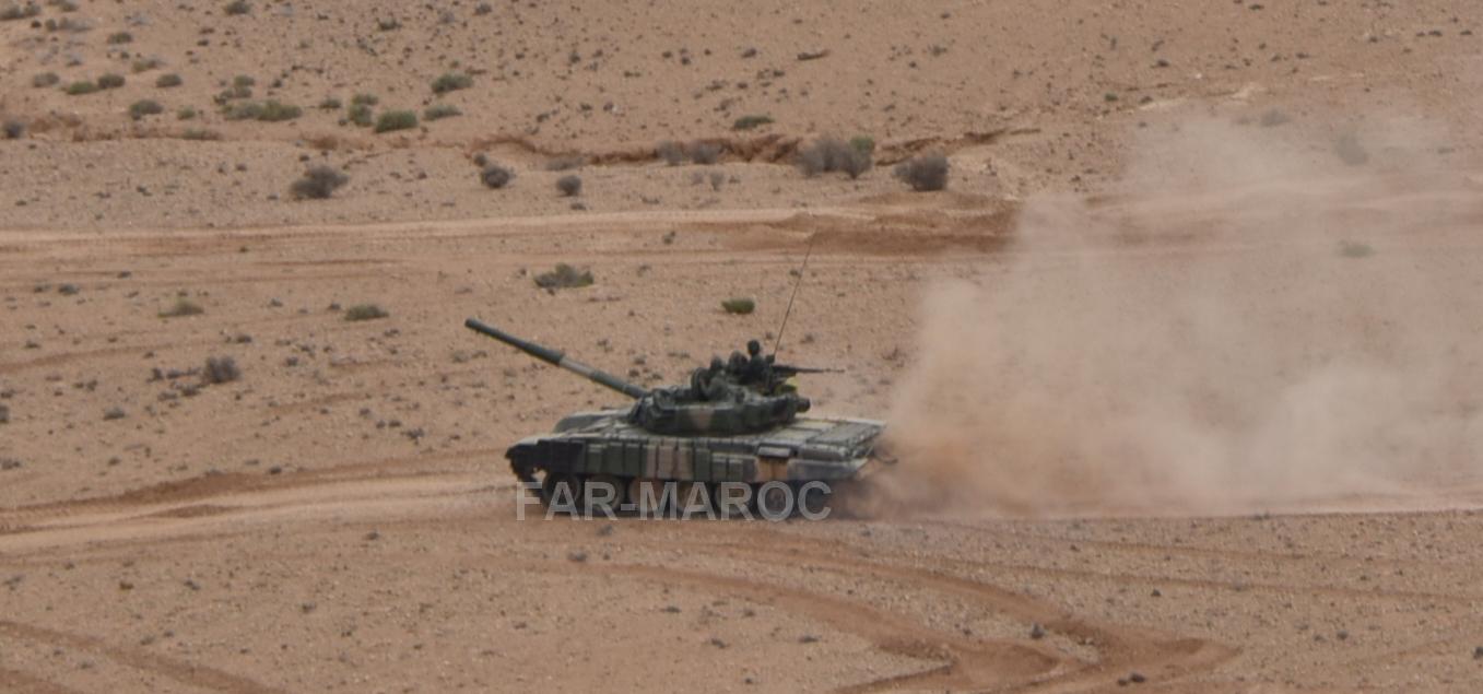 Chars T-72B/BK MArocains // Moroccan Army T-72B/BK Tanks - Page 6 49275140308_709af5000a_o