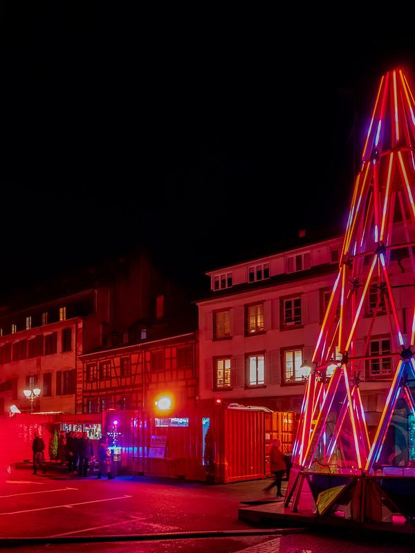 Le marché rouge des Noëls de demain 49275532378_e13d663ba3_c