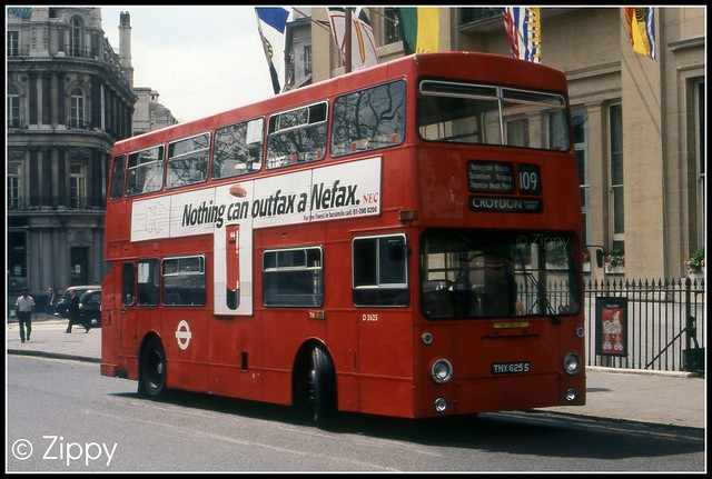 London Buses - D2625 THX625S