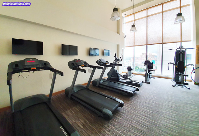 Chateau de Chine Hotel Xinzhuang fitness centre