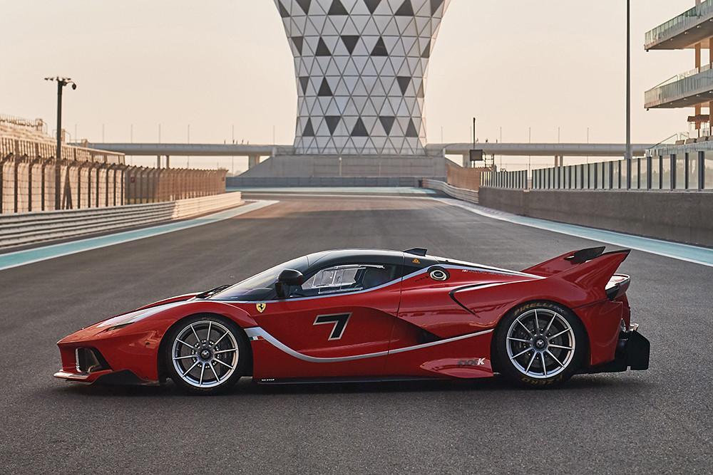 2015-Ferrari-FXX-K-_4
