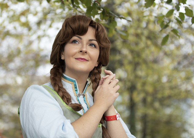 Anna of Arendelle cosplayer at MCM Comic Con London, October 2019