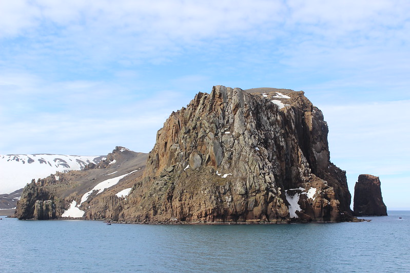 Fildes Point - Cathedral Crags - Deception Island