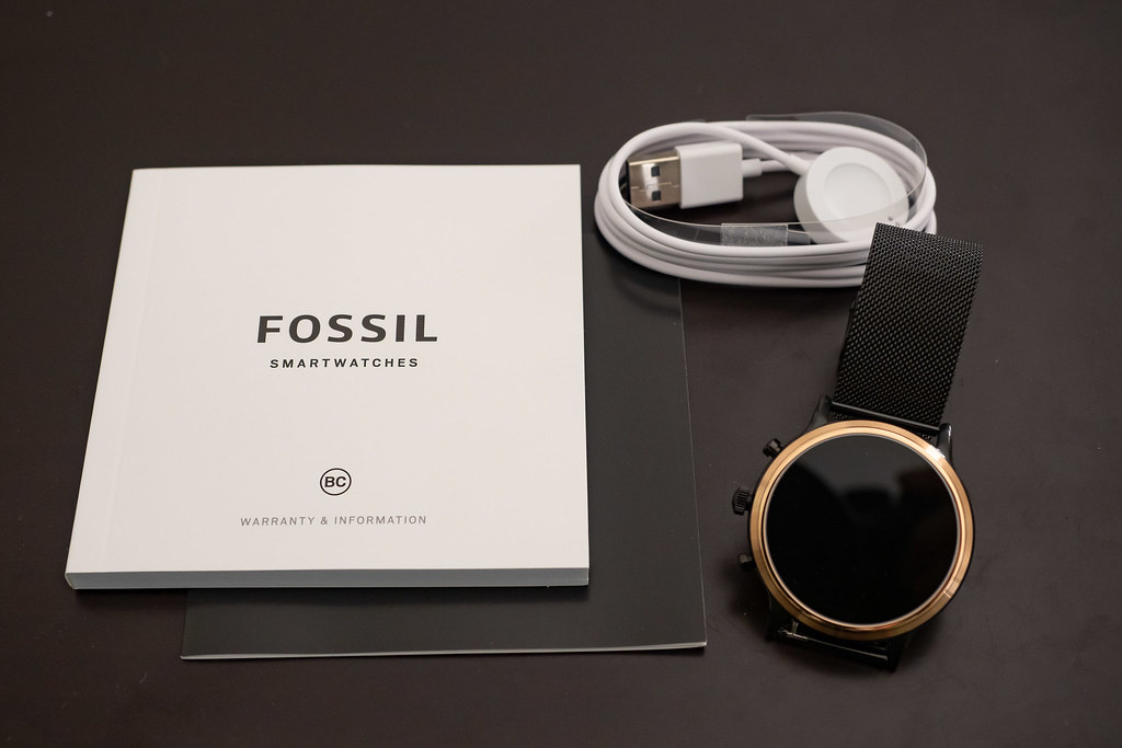 FOSSIL_SMARTWATCH-3
