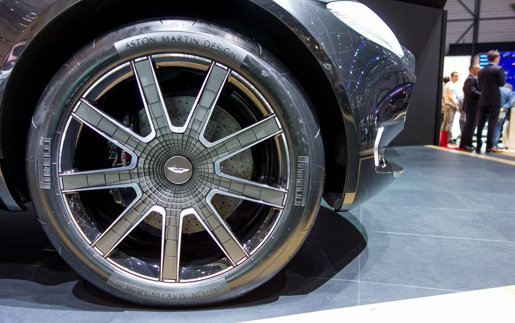 Aston Martin Dbx Wheel Falcon Photography Flickr