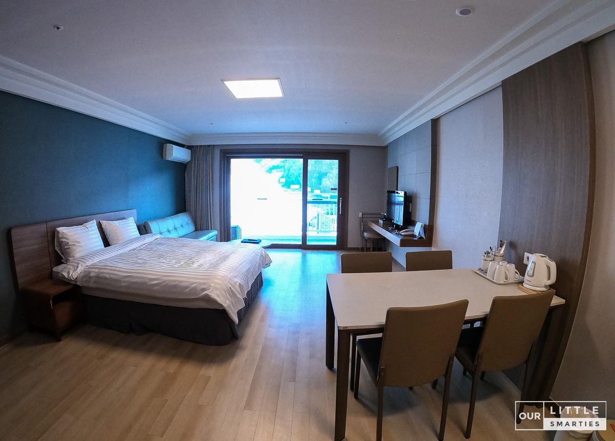 Oak Family Room