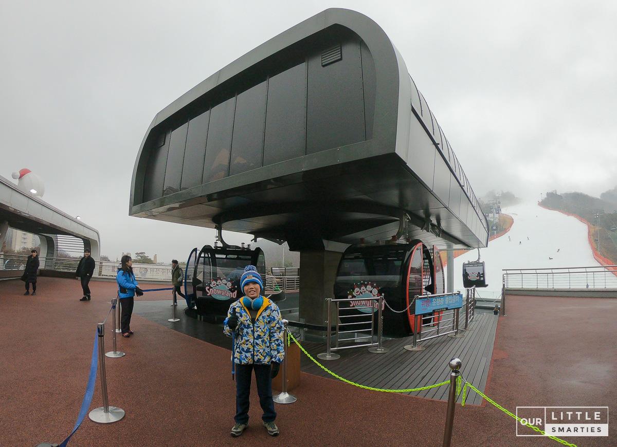 Gondola to Snowy Land