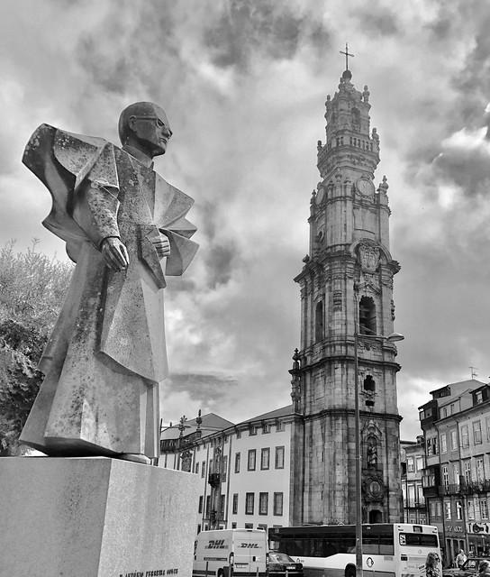 Clerigos Church and Tower, Porto, Portugal, Bishop of Porto statue