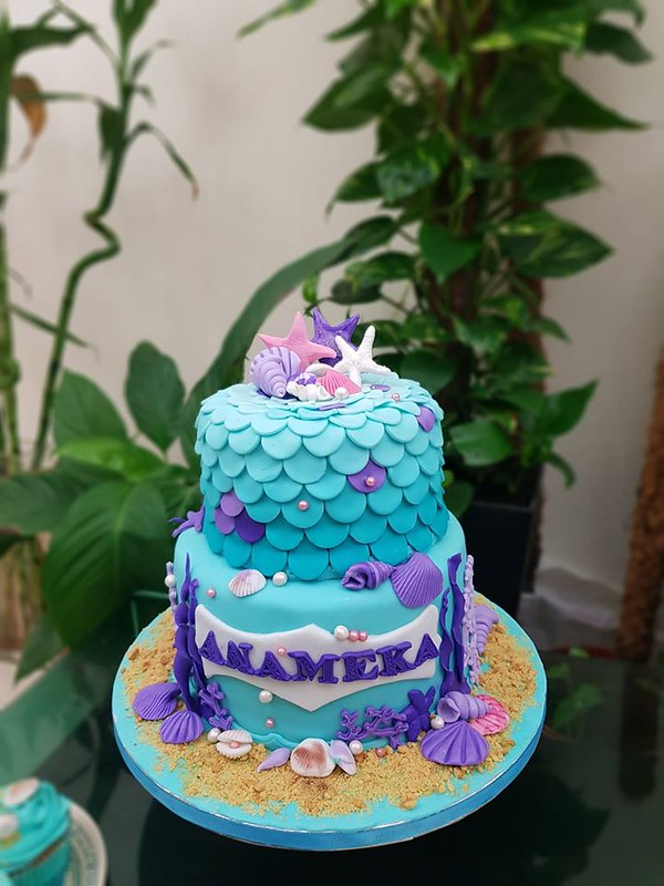 Cake by Cakes with Love