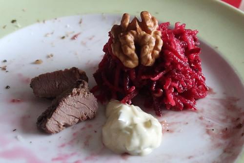 Letzte Stückchen vom Rinder mit Remoulade und Rote Bete Salat