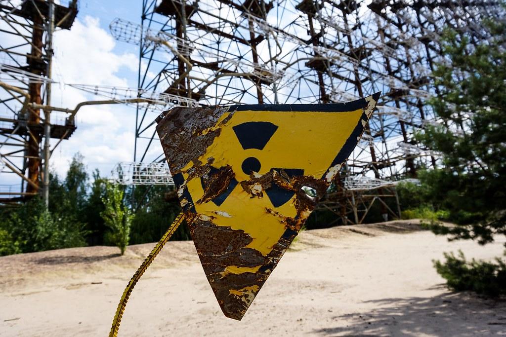 車諾比核災爆發的第一時間,政府未告訴在地居民真實危險性,造成多人死亡或罹癌。