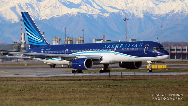 4K-AZ12 AZAL Azerbaijan Airlines Boeing 757-22L