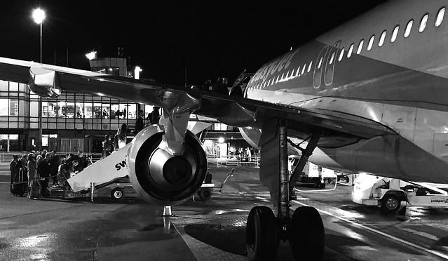 Airplane - B&W