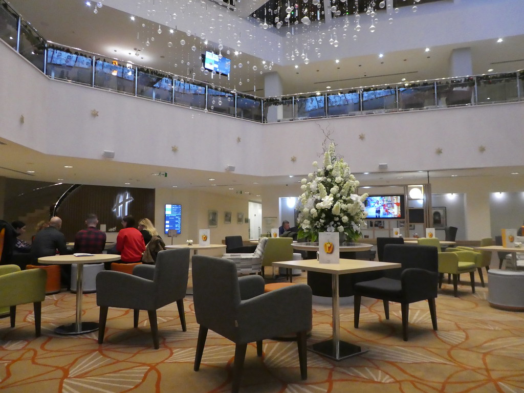 The Lobby Bar, Holiday Inn Sokolniki, Moscow