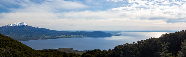 Lago Llanquihue (Calbuco Volcano on the left))