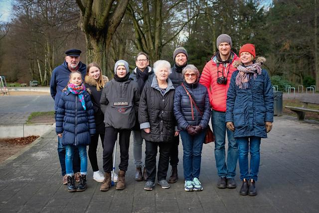Jens, Emma, Lea, Lennie, Isi, Caroline, Lars, Heahter, Bjorn and Karin
