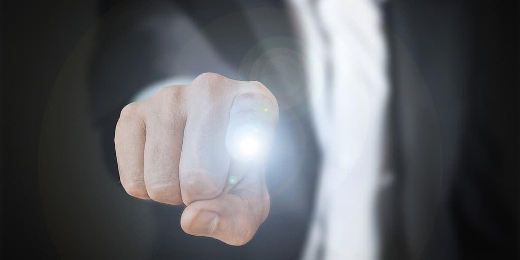 le-fingerbot-pour-rendre-les-appareils-intelligents