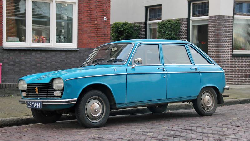 Peugeot 204 hatchback