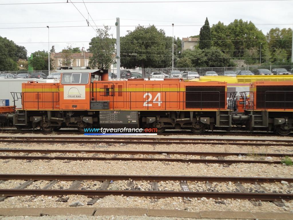Une locomotive Diesel Vossloh MaK G 1206 de l'entreprise Colas Rail