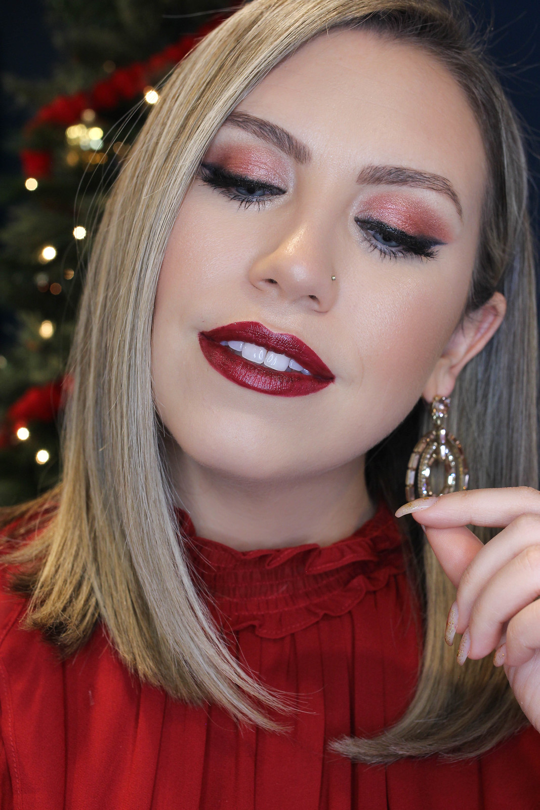 Holiday Makeup Monday Tutorial: Monochromatic Wine Makeup