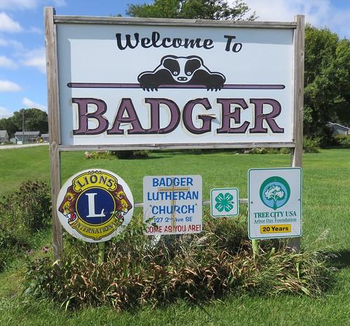 iowa ia citywelcomesigns webstercounty badger northamerica unitedstates us