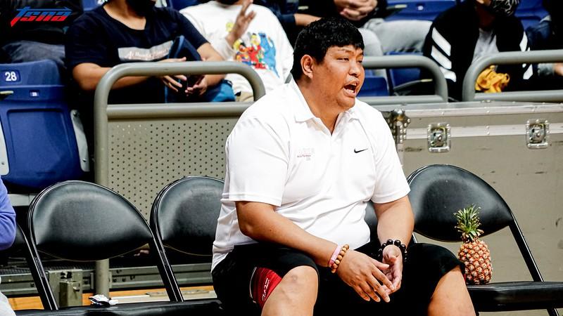 光復高中教練陳定杰。(攝影賴柏安/現場拍攝)