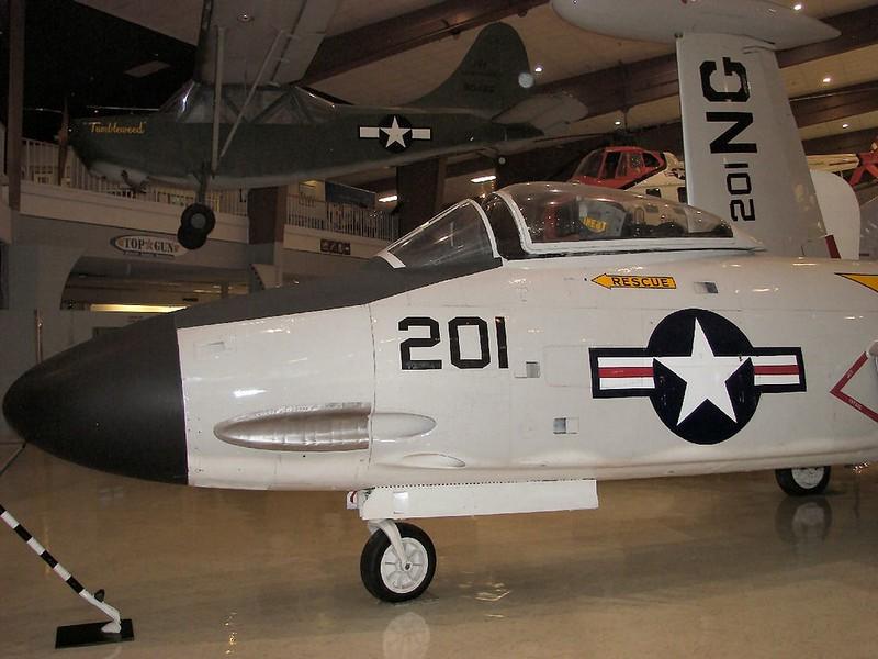 F2H-3 Banshee 4