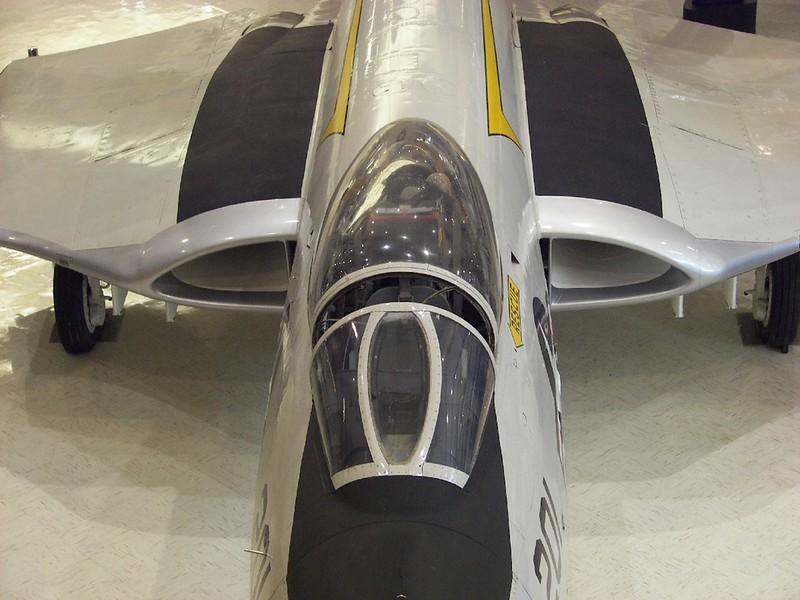 F2H-3 Banshee 2