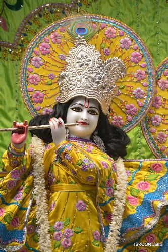 ISKCON Juhu Mangal Deity Darshan on 26th Dec 2019