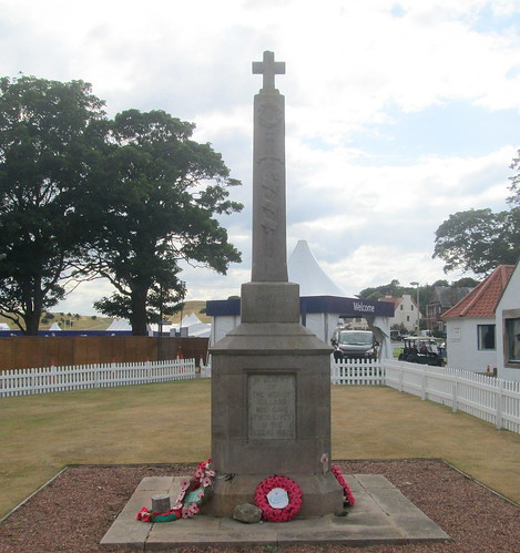 Gullane War Memorial